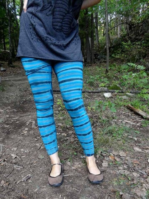 Turkisblå batikk leggings